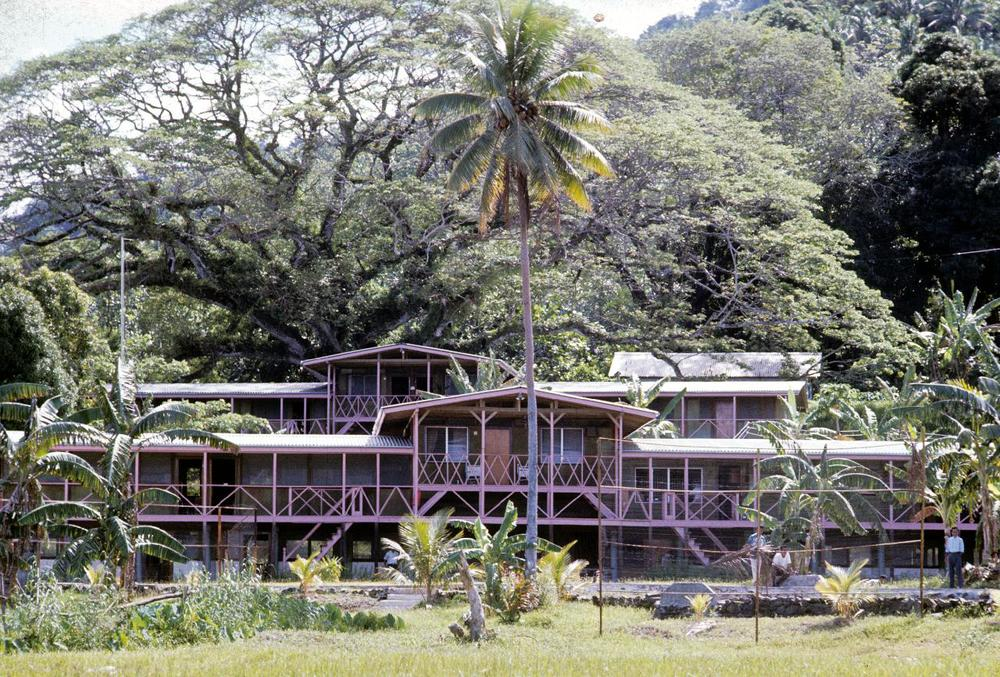 Micronesia'63-'68 505.jpg