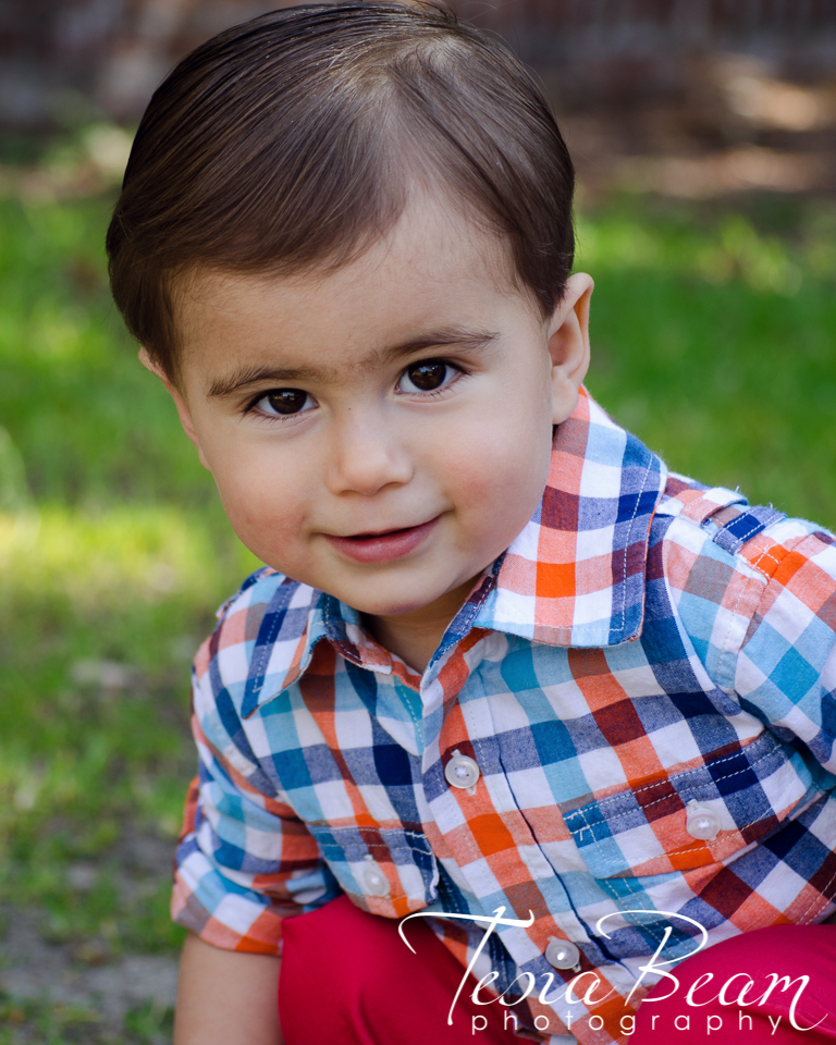 Such a handsome little man! (c)Tesiabeamphotography.com
