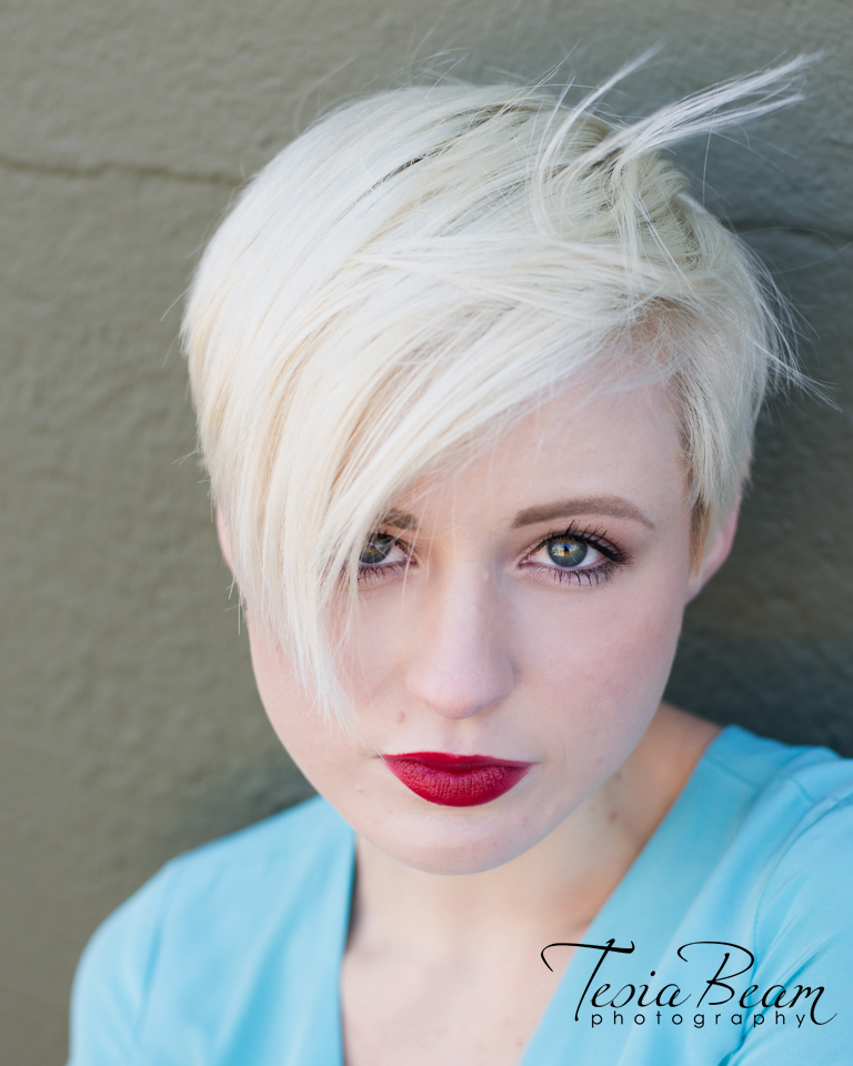 Beautiful blonde headshot (c)Tesiabeamphotography.com