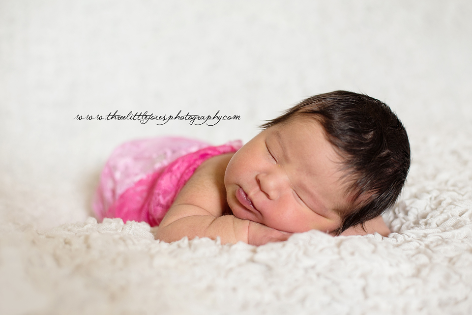 three-little-foxes-photography-columbia-missouri-newborn-photographer