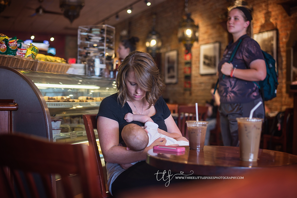 three-little-foxes-photography-columbia-missouri-photographer-public-breastfeeding-awareness-project