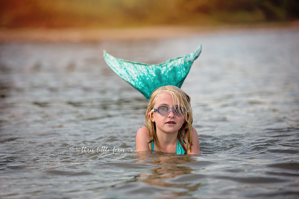three_little_foxes_photography_columbia_missouri_mermaid_magical_children_photographer