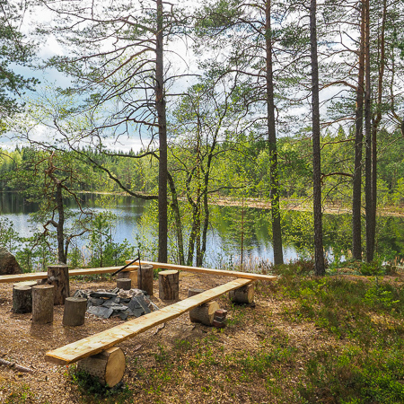 Lakeview during springtime, Finnish nature, Råmossa Lodge