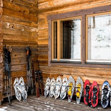Snowshoes - Råmossa Lodge