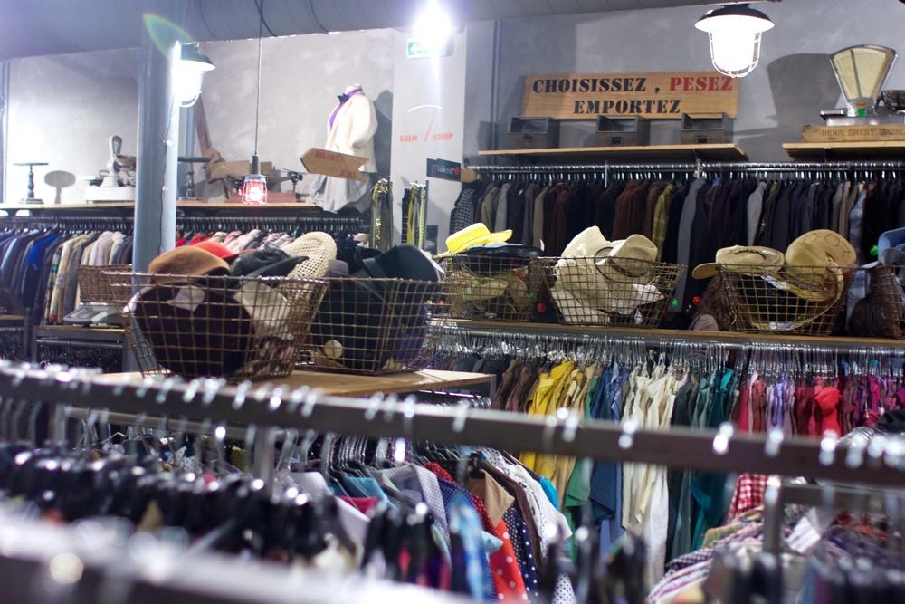 Thrift shop inLe Marais マレ地区で古着ショッピング