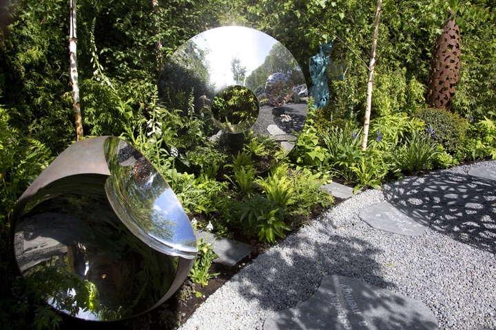 Using Sculpture As A Focal Point In Your Garden Susan Dunstall