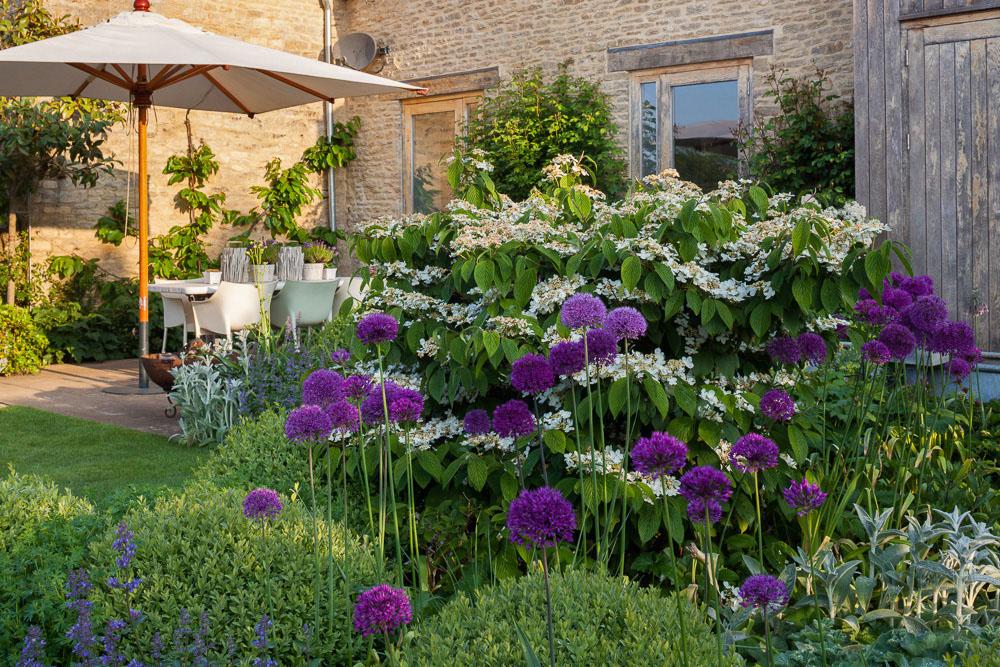 The Barn Garden
