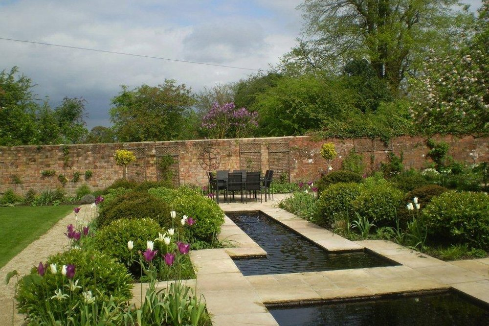 Contemporary Water Feature and Lily Pond