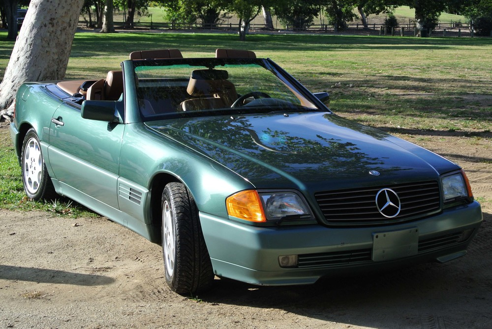 """The Old Girl,"" my Spruce Green 1994 Mercedes SL320"