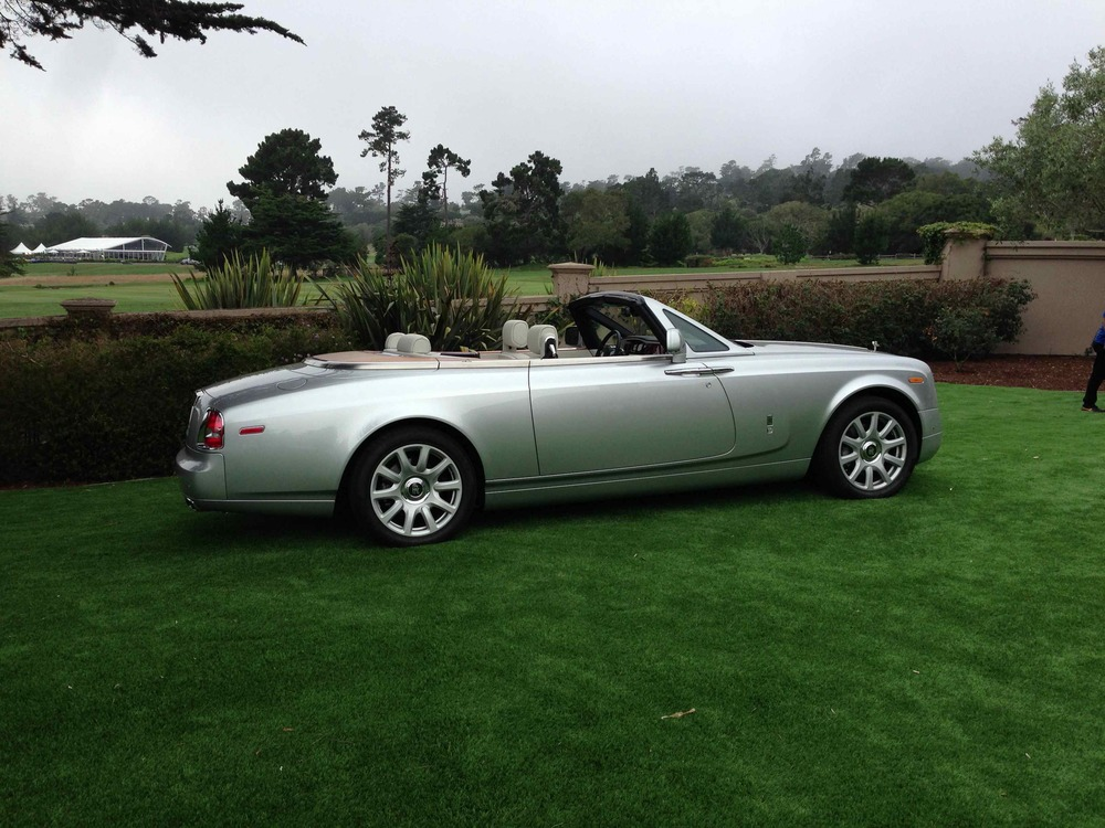 Automobile as apparition: Rolls-Royce Phantom Drophead Coupe