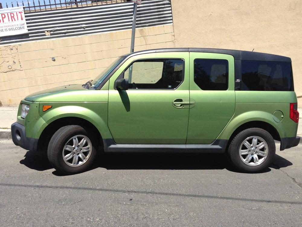 Green machines the car crush for Green honda element