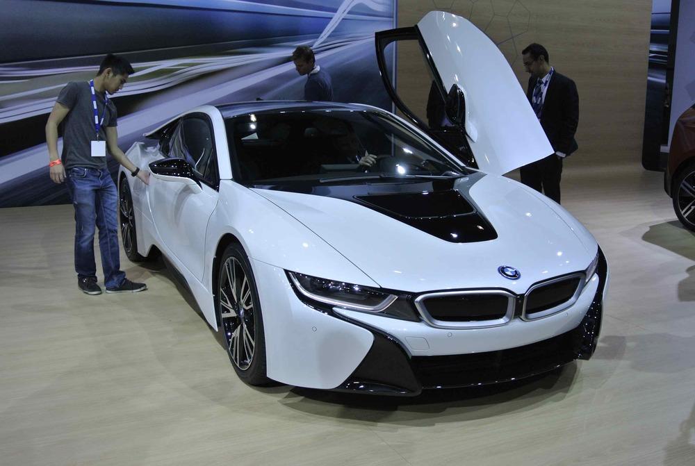 BMWi8RDoorUP1.jpg