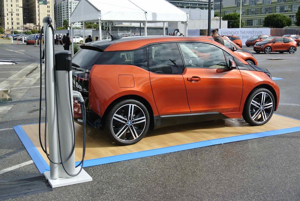BMWi3PluggedIn1.jpg