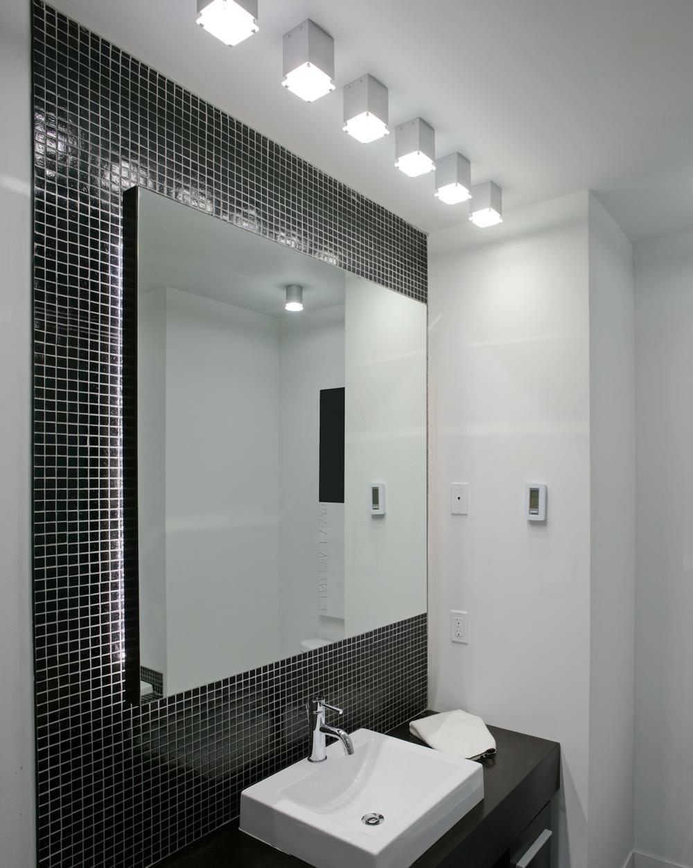 modernbath.jpg