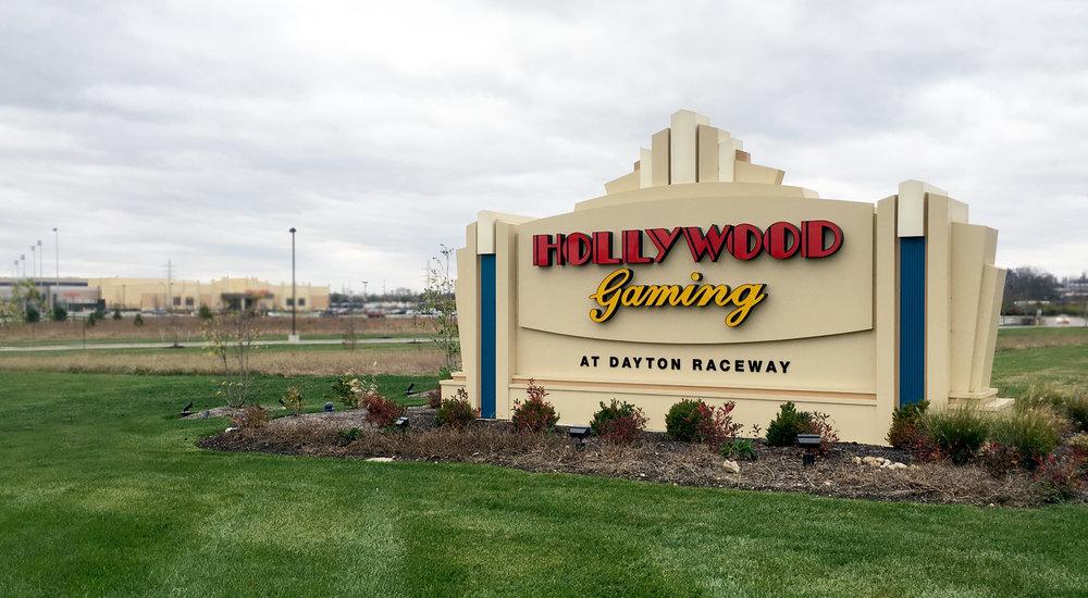 Hollywood Casino Monument2.jpg