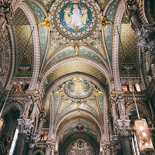 "I was standing at La Basilique Norte Dame de Fourvière, when the clouds parted and rays of sunlight beamed down the entire Lyon. So naturally I yelled ""TOO MUCH BEAUTY"". Um traveling alone also makes you talk to yourself  #melaniegoesstag"