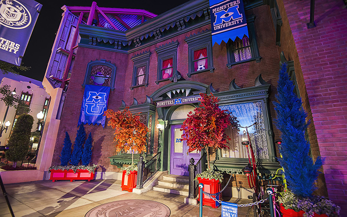 theme environments-disney-monster university_01 lores.jpg