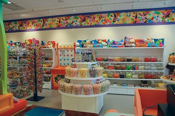 retail and food services-sweet tooth candy shoppe_41 lores.jpg