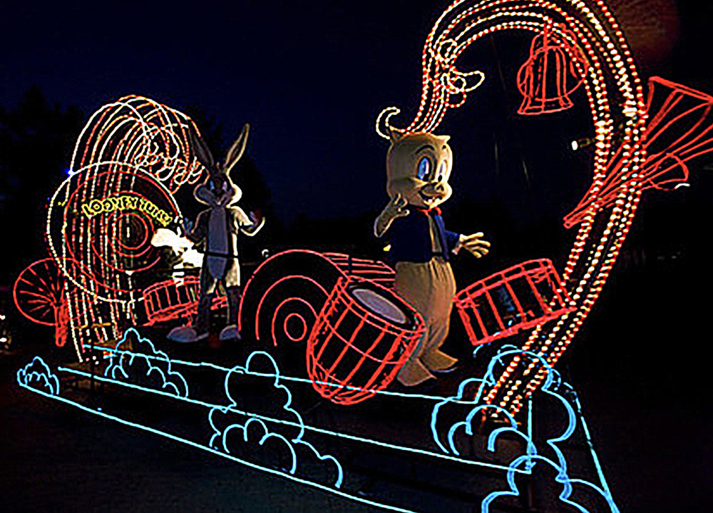 themed float-six flags 2.jpg