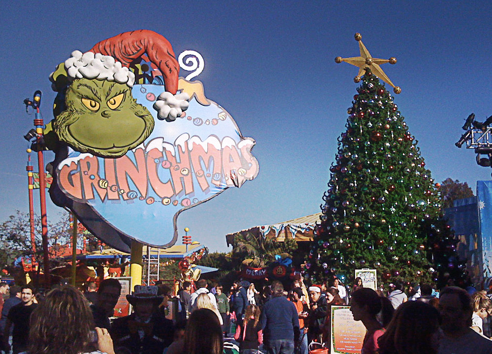themed environments-grinchmas 6.jpg