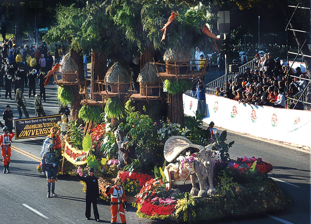 roseparade winning entries-starwars 2.jpg