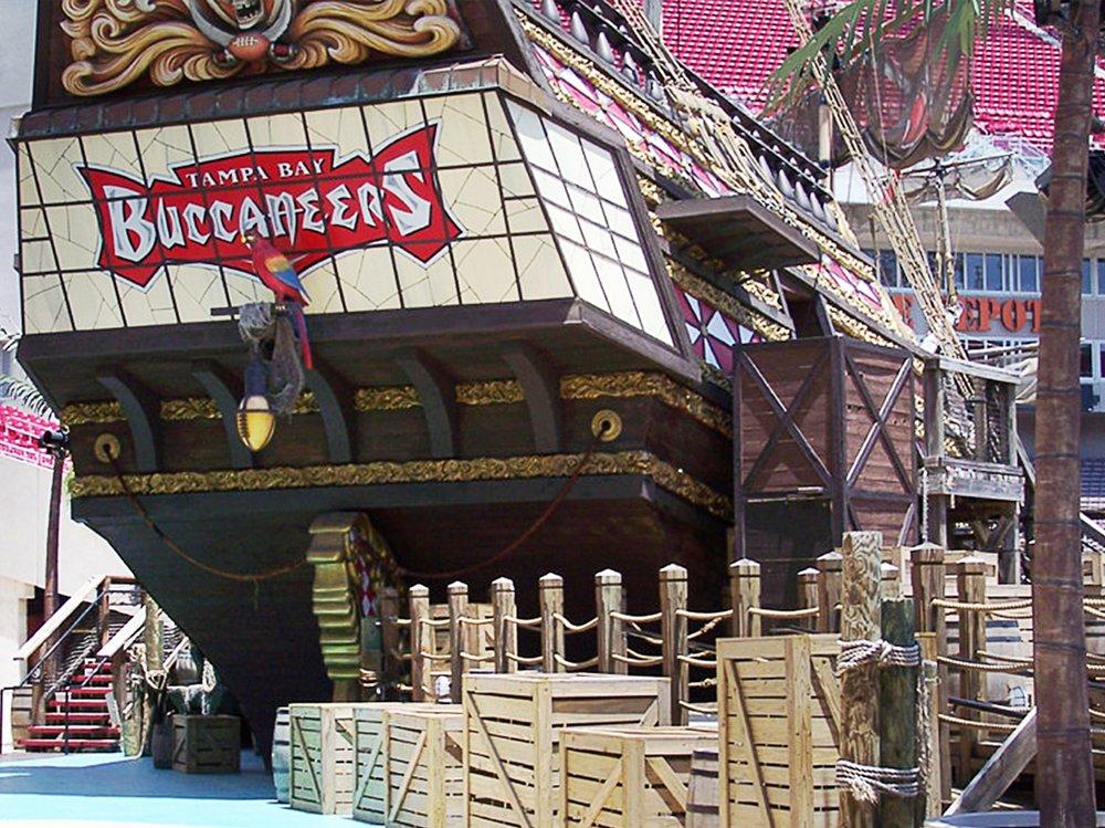 fl-te-buccaneers 7.jpg