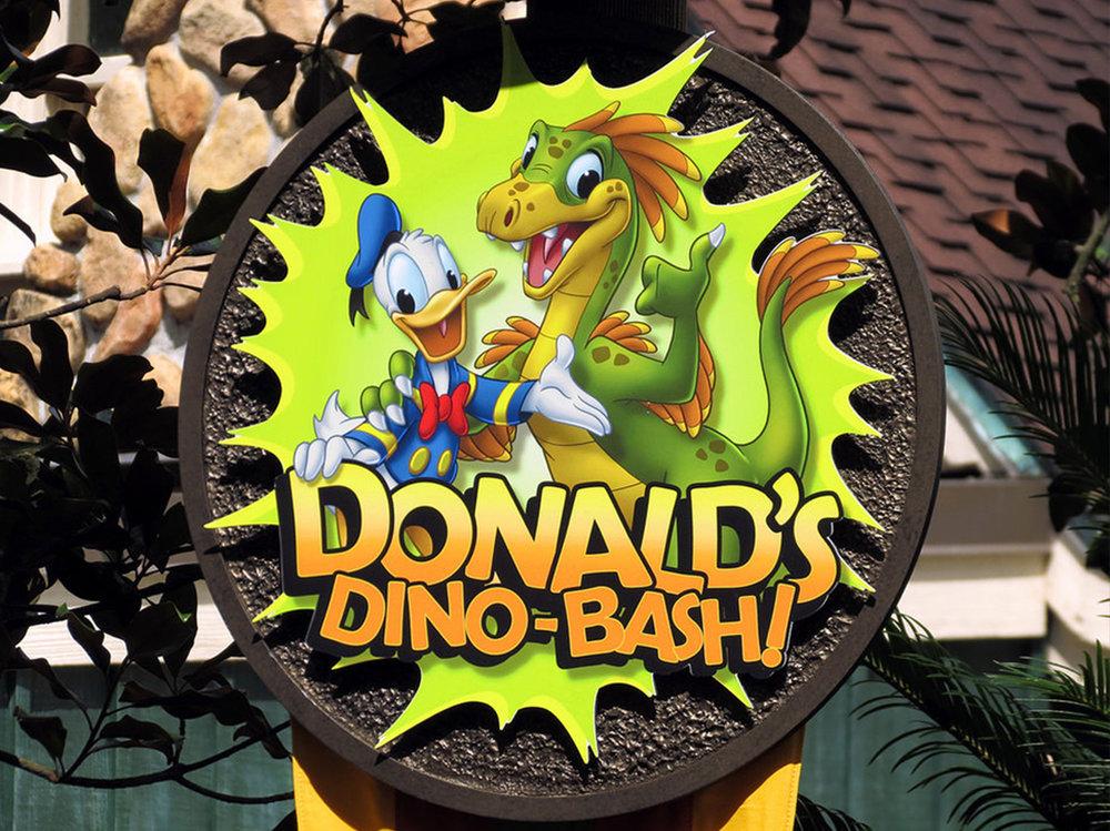 Donald's Dino-Bash