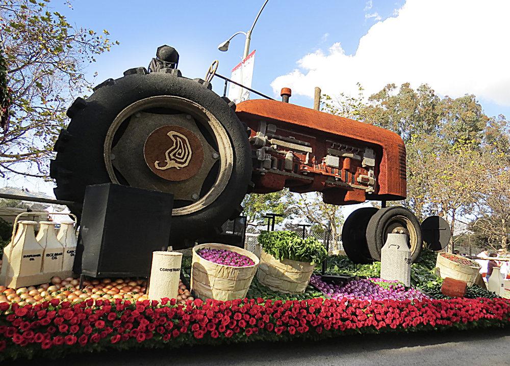 rose parade-chipotle_02 hires.jpg