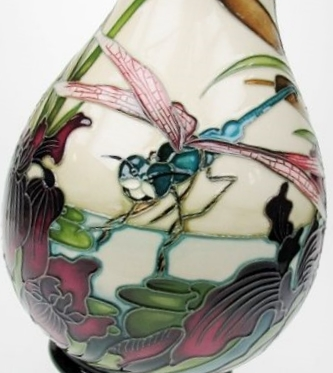 moorcroft-limited-edition-emerald-wetlands-vase-2.jpg