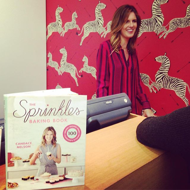 @sprinklescandace signing the new #Sprinkles cookbook in #NYC! The yummiest cookbook of the season (maybe ever...?) is out TODAY • • • • #dessert #foodstagram #food #cupcakes #cupcakestagram #cookbook #newbooks