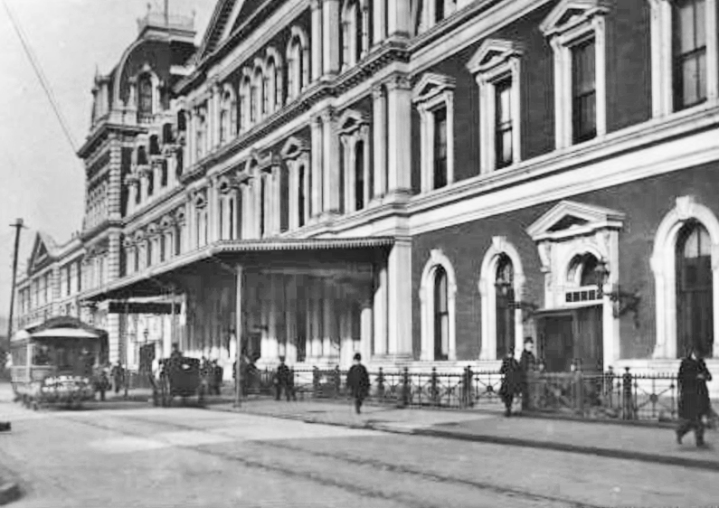 The experience starts at Vanderbilt Avenue and East 44th Street, often at the spot where a vehicle appears in this 1889 photograph of the now-defunct Grand Central Depot.