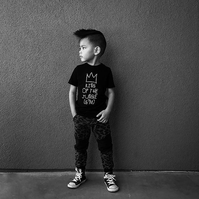 ➕KING OF THE JUNGLE GYM➕ Loving this ultra rad shot of OG #LilHomme @dasrozo in our supersoft 'King' tee- get yours now for only $13 in our sample sale! Selection is going quickly, so get yours now if you have your eye on any particular previous season's graphics! Link in profile. #babybeast #lilhomme #beastmode #microfashion #madeinla #americanmade #dtla #hypebeast #hypebeastkids #highsnobiety #lilsnob #minilicious #complexmag #streetstyle #streetnotoriety #streetfashion #hipkidfashion #kidzootd #trendykiddies #ethicallymade #monochrome  #streetwear #monochrome_kids #kidsstyle