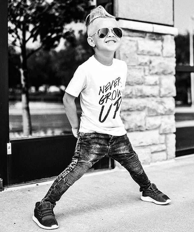 ➕NEVER EVER➕ Loving this ultra rad shot of #LilHomme @finnrorythreads in his Baby Beast #NeverGrowUp tee! 🙌🏼 #babybeast #lilhomme #beastmode #microfashion #madeinla #americanmade #dtla #hypebeast #hypebeastkids #highsnobiety #lilsnob #minilicious #complexmag #streetstyle #streetnotoriety #streetfashion #hipkidfashion #kidzootd #trendykiddies #ethicallymade #monochrome  #streetwear #monochrome_kids #kidsstyle #detroit #detroitmichigan #puremichigan #puremitten