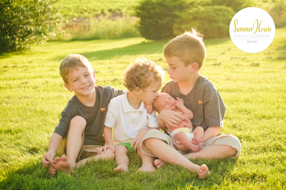 HOLTZINGER-family-WEB-4298.jpg
