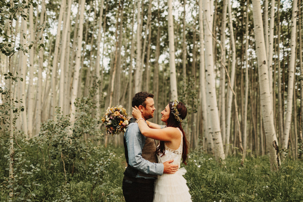 crested butte aspen trees bride and groom wedding colorado