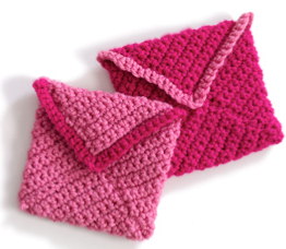 Crochet Valentine Envelopes.png