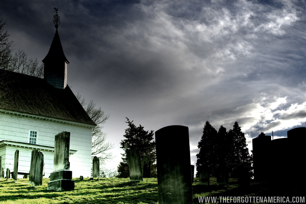 Tennet Graveyard-Logo.jpg