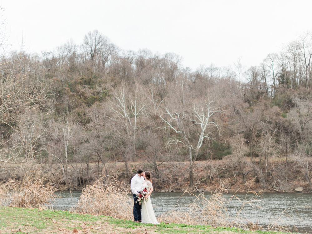 Virginia winter elopement flowers