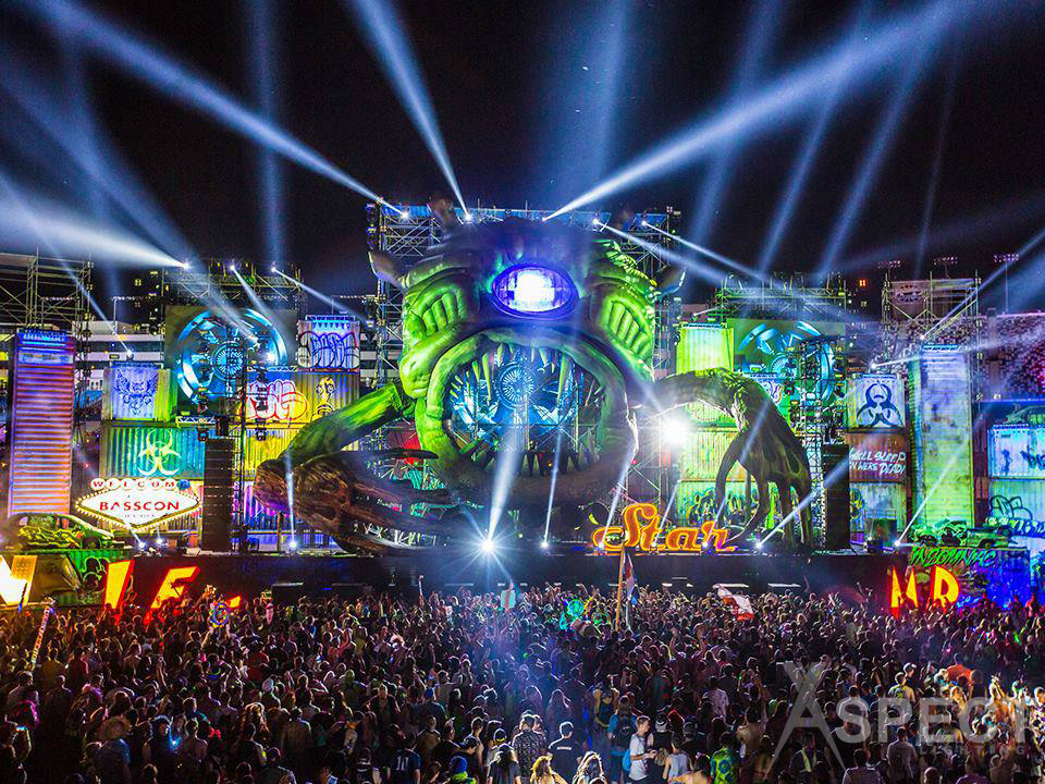 EDC-2014-BassCon-Aspect-Lighting.jpg
