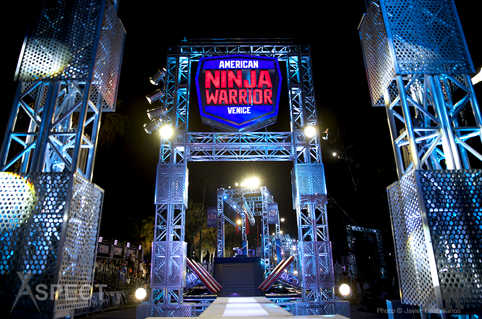 American-Ninja-Warrior-Venice-2015-Aspect-Lighting.png