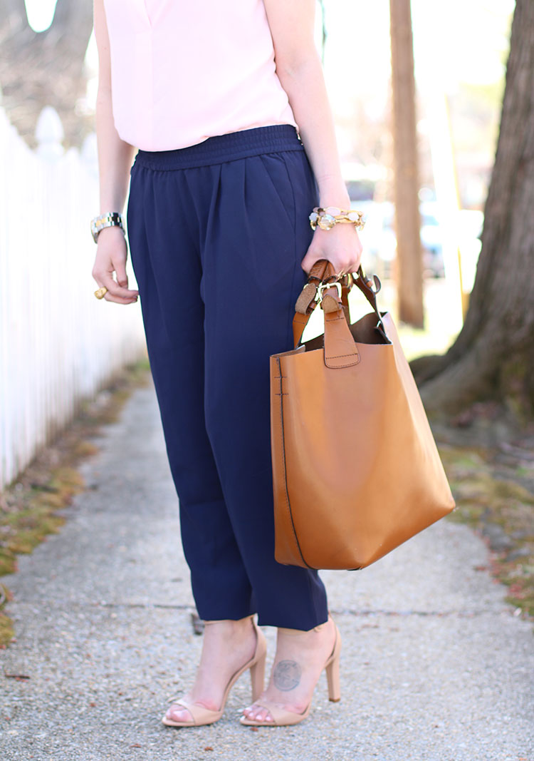 Spring Outfit Idea: Neutrals & Navy