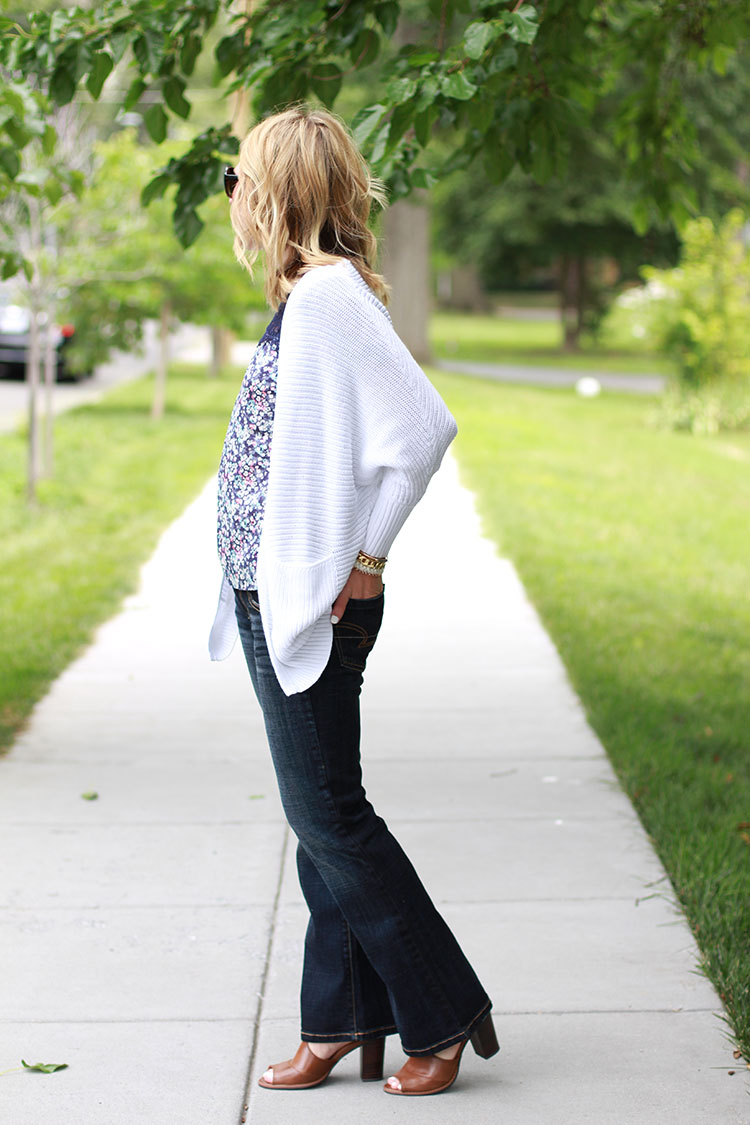 American Eagle Favorite Boyfriend Jean, Dark Wash Denim, Oversized White Cardigan, Floral Top