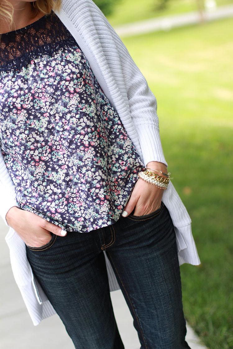Dark Wash Denim, Oversized White Cardigan, American Eagle Boyfriend Jean, White Nail Polish, Floral Top