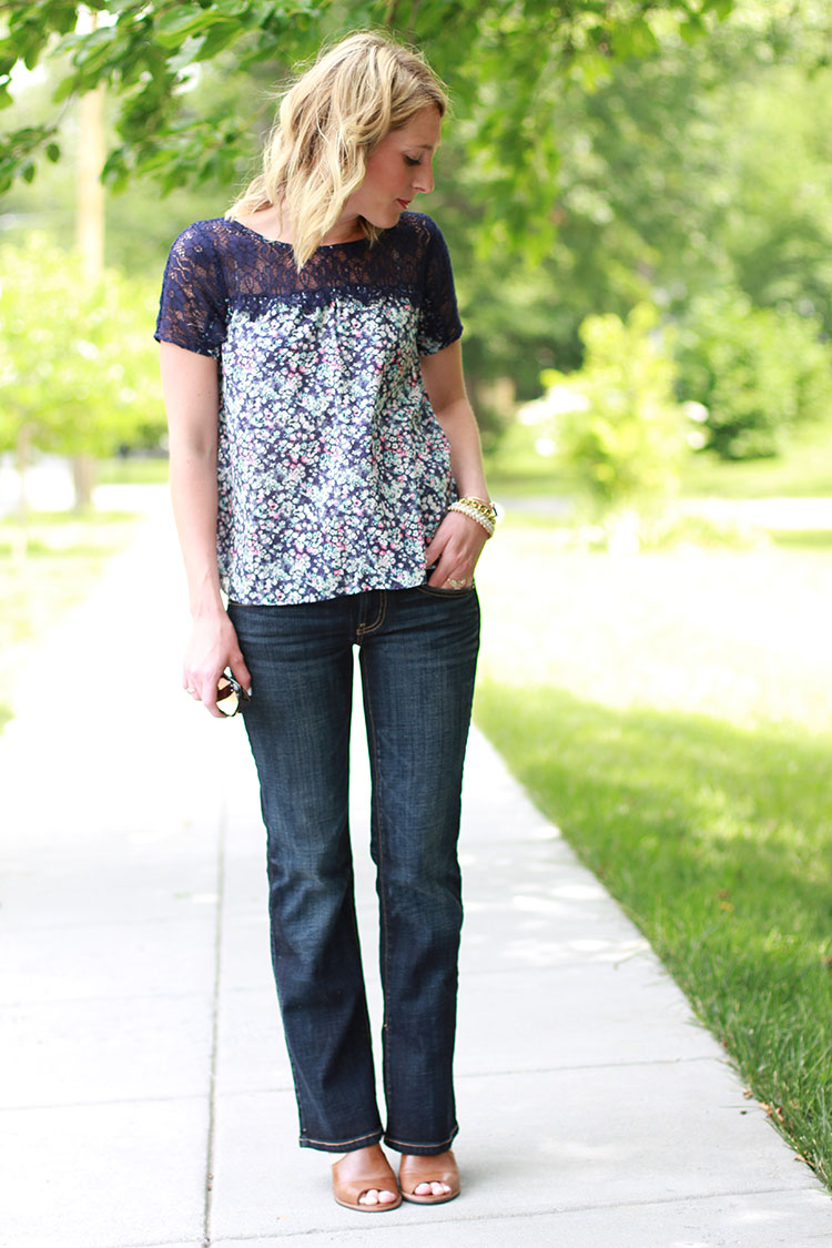 Back To School Outfit Idea, Dark Wash Denim, Floral Top, AEO Boyfriend Jean