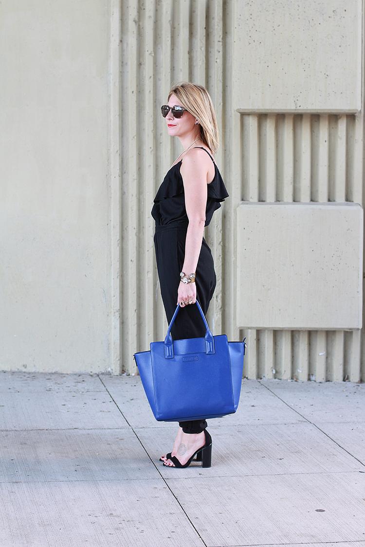 Black Jumper, Fall Fashion, Black & Blue Outfit Idea