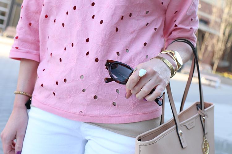 Kendra Scott Ring, White Skinny Jeans, Comfy Eyelet Shirt