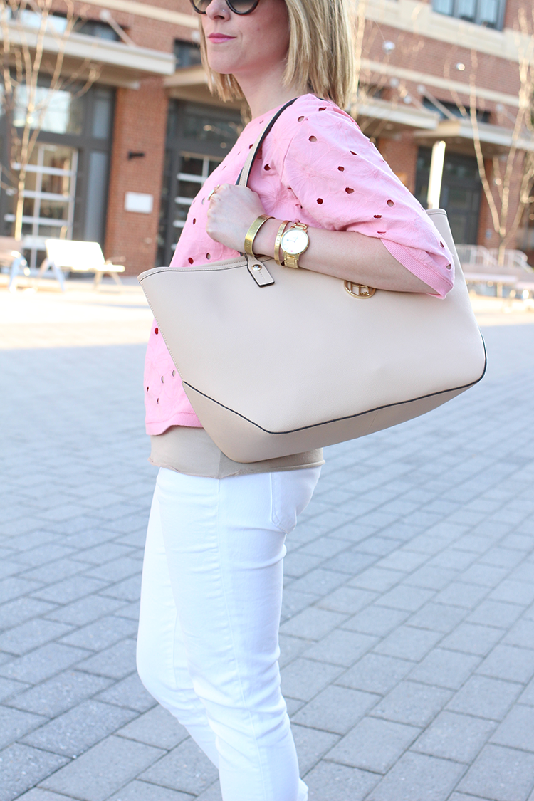 Simple Spring Outfit Idea, White Skinny Jeans