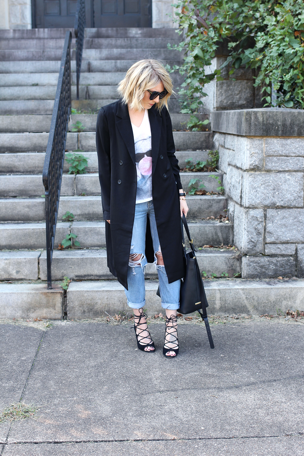 Minimalistic Outfit, Topshop Denim, Ripped Denim, Black Trench Coat