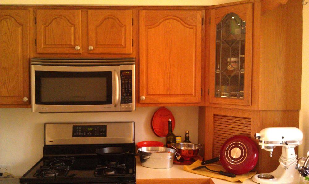 before kitchen redo 2.jpg