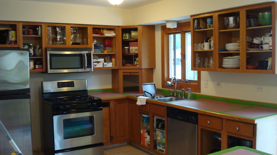 kitchen ready to go.JPG